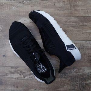 *New* Brooks Pure Beat Women's Black Running Shoes